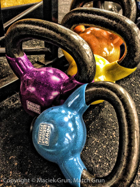 ip4s-4355-Colorful-Kettle-Bells