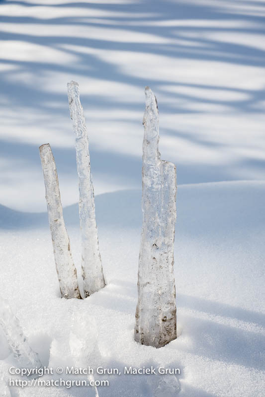 1522-0016-Icicle-Towers
