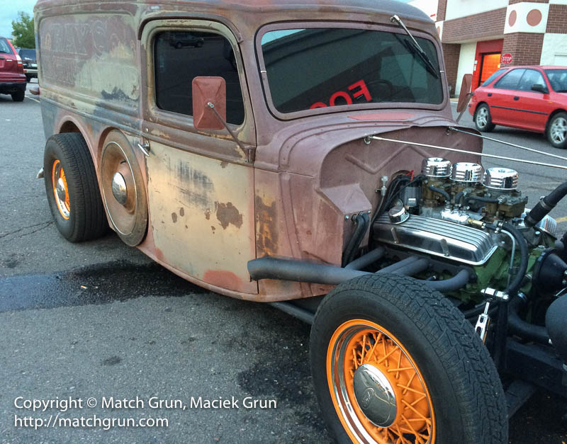 ip5s-6440-Hot-Rod-At-The-Supermarket