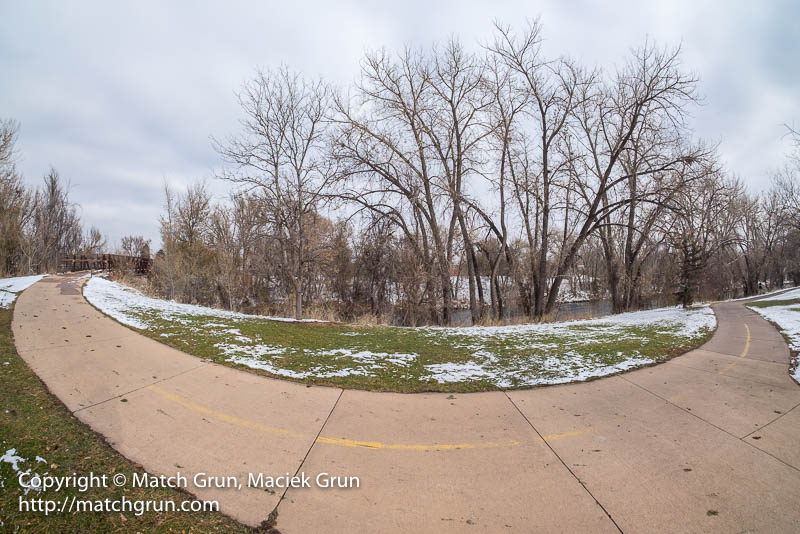 1697-0037-Curved-Trail-Along-The-South-Platte-River