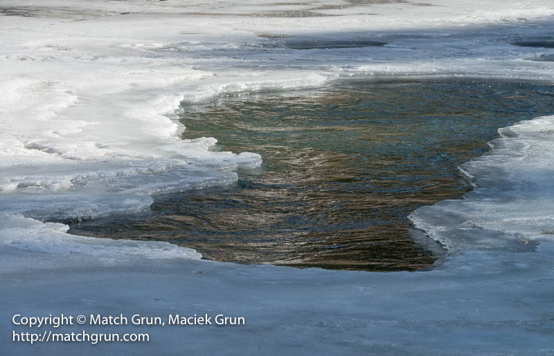 1721-0071-Hole-In-The-Ice-Platte-River
