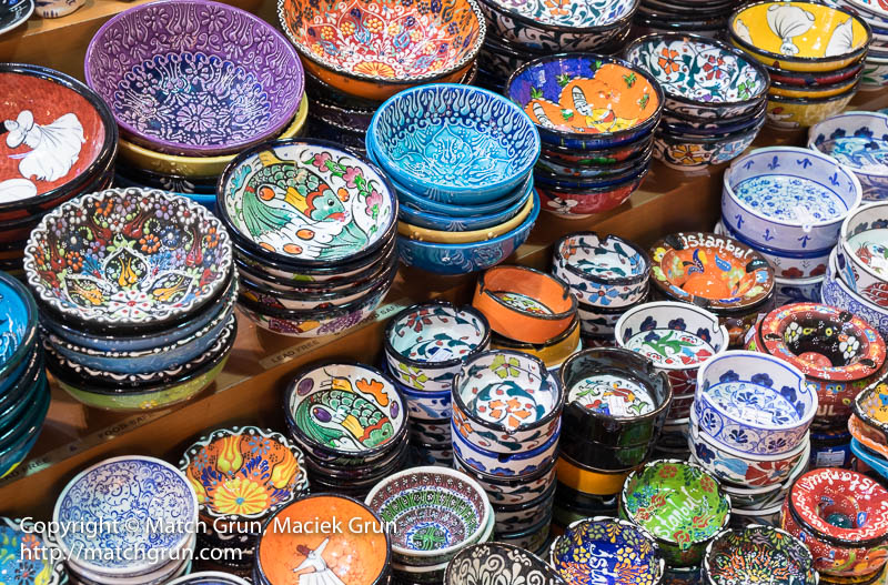 1799-0060-Bowls-And-Pottery-Spice-Market