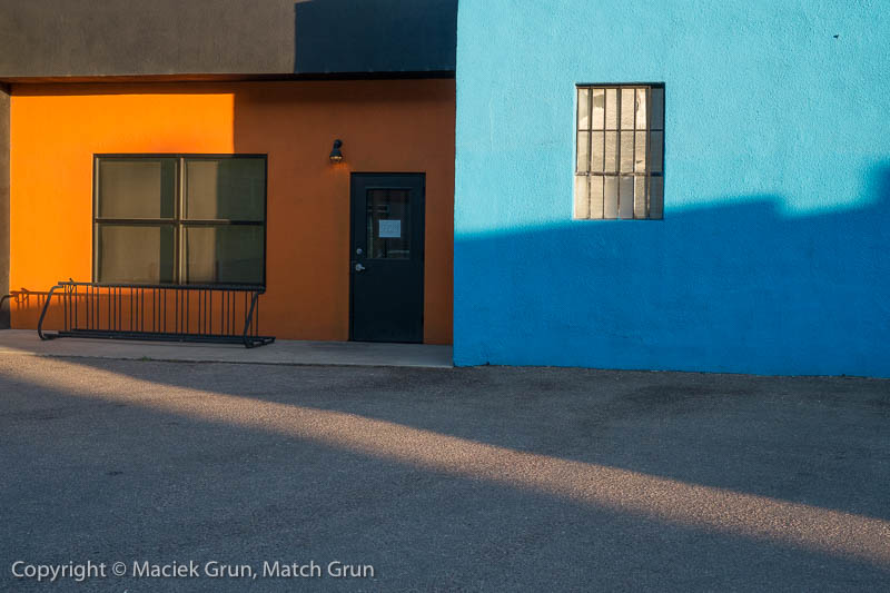 1922-0053-Orange-And-Blue-Rino-District